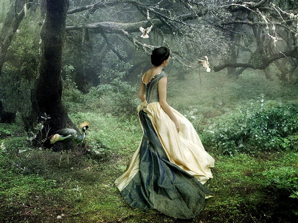 Девушка в лесу фото 458-974