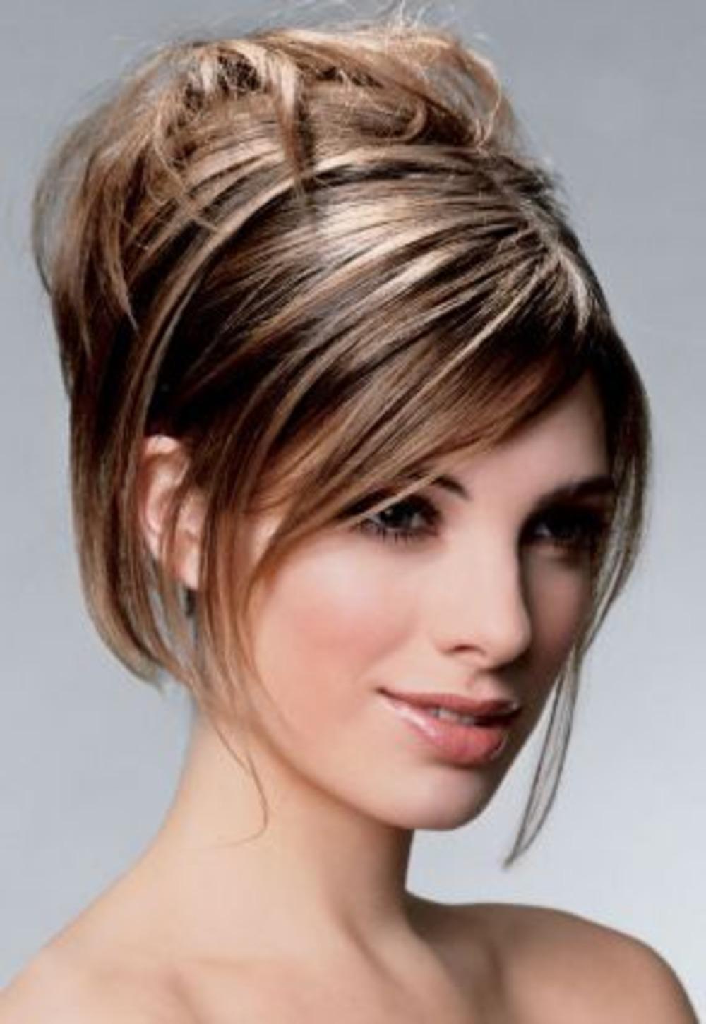 Вечерние укладки на средние волосы с челкой каре фото пошагово