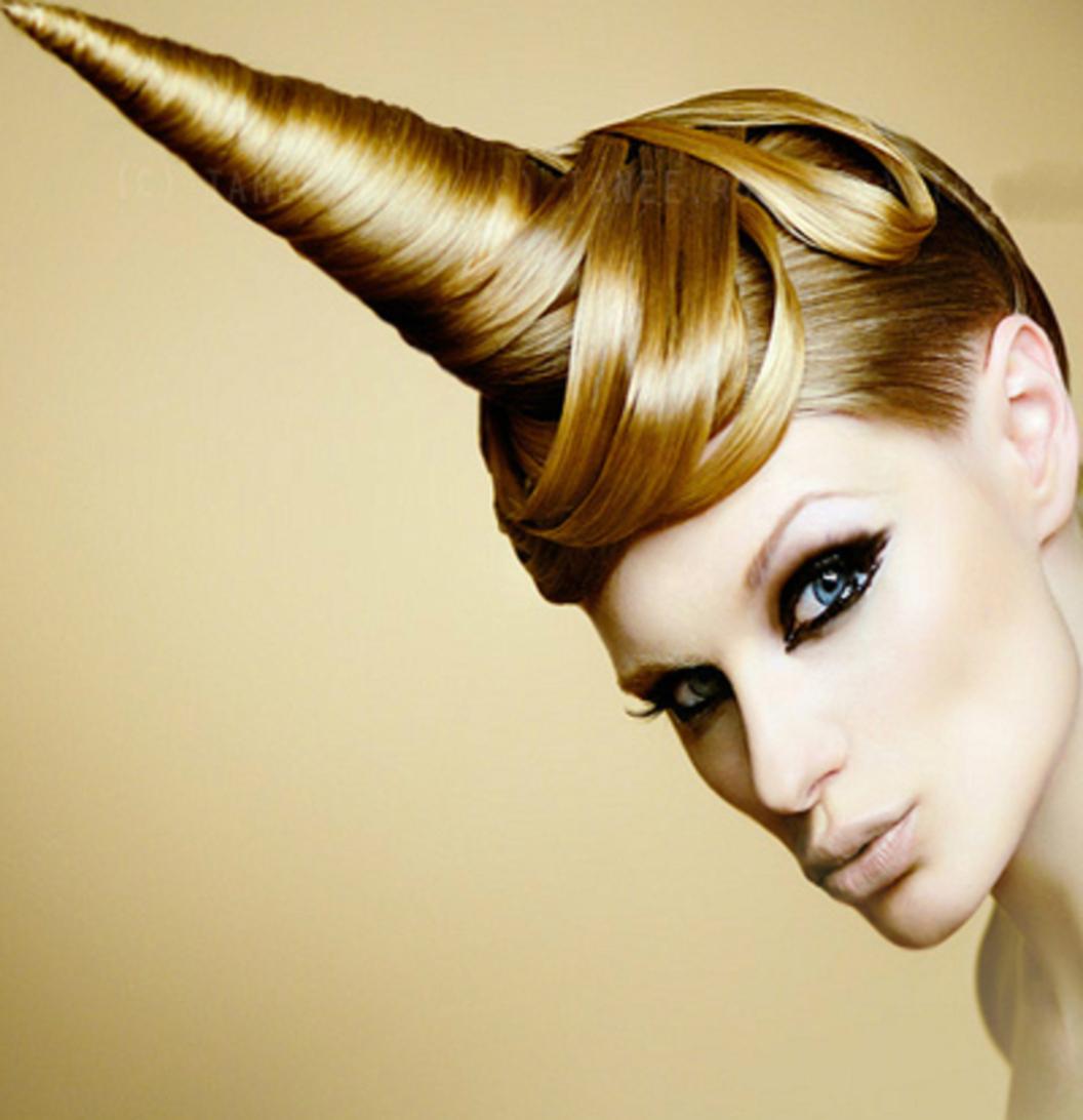 Прическа рожки из волос фото