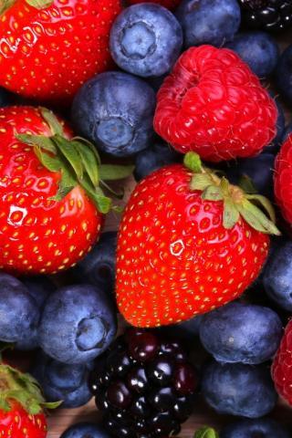 Красивые заставки на телефон фрукты
