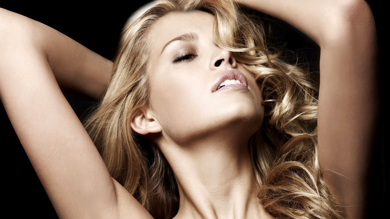 Смотреть бесплатно оргазмы девушек, Порно Оргазмы -видео. Смотреть порно онлайн! 11 фотография