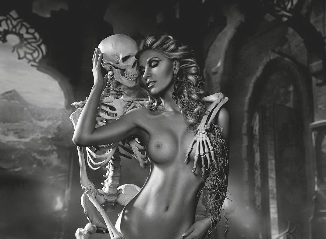 Эротическое фото с сюжетом, Сюжетные порно фото 17 фотография