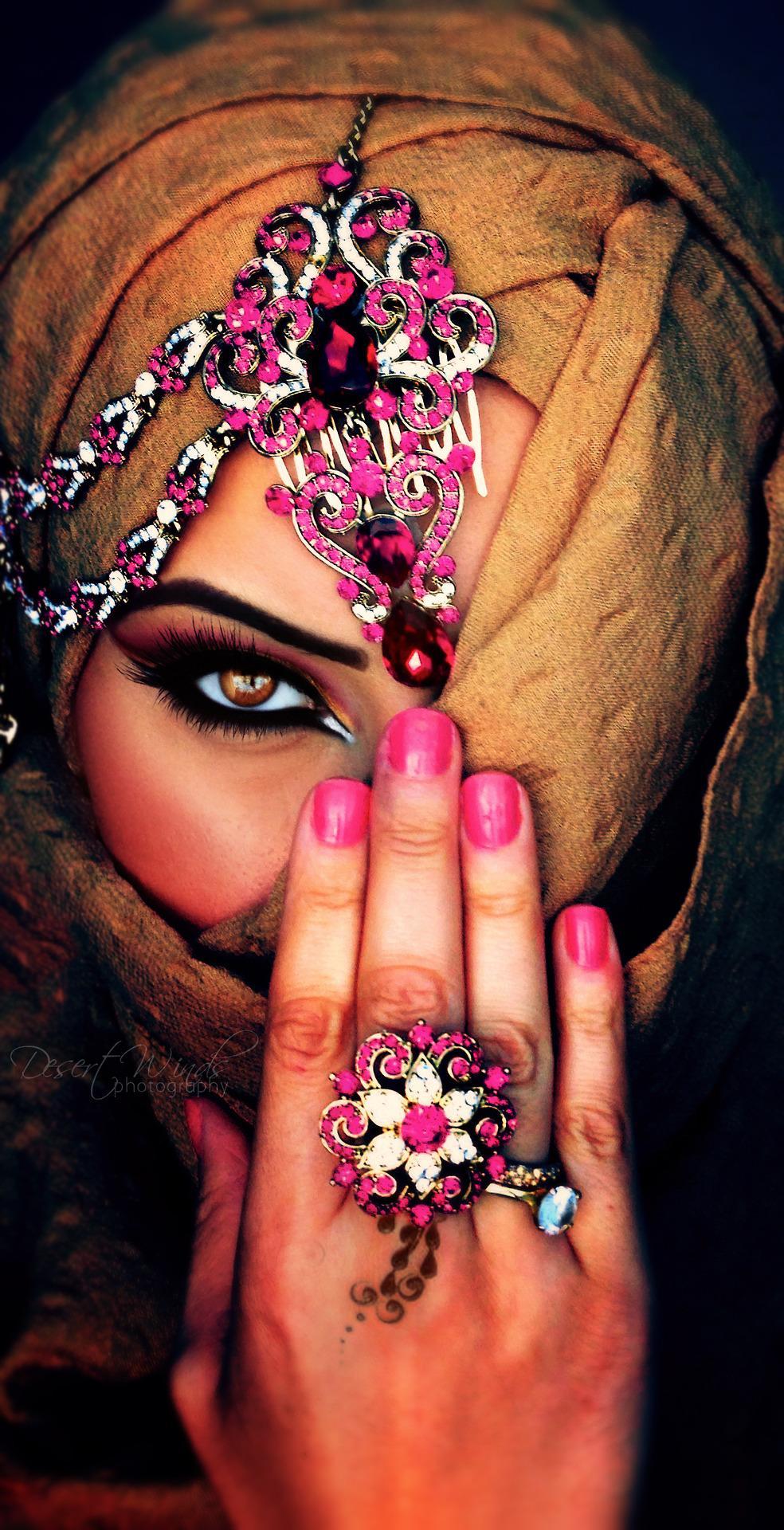 фото восточной девушки